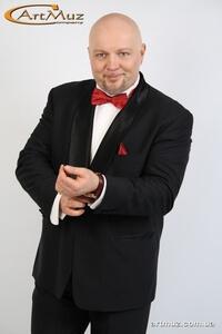 Классический ведущий, тамада на свадьбу в Киеве